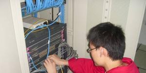 网络工程师成长问答004-网络管理员需要会些什么?